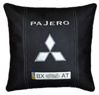 подушка с логотипом мицубиси