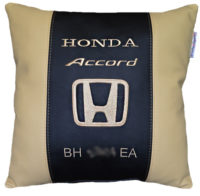 подушка с логотипом хонда
