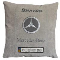 подушка с логотипом мерс