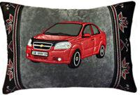 подушка с вышивкой машины