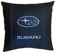 подушка с логотипом субару