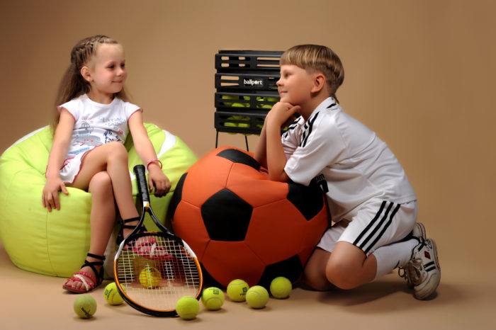 теннисные мячи кресла пуфы