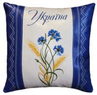 подушка сувенирная с вышивкой