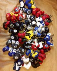 боксерские перчатки брелок